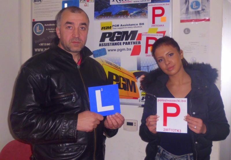 Čestitamo na uspješno polozenom ispitu iz upravljanja m/v B kategorije Instruktor Mirsad i novi vozač Emina S