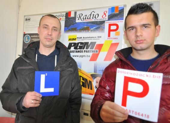 Čestitamo na uspješno polozenom ispitu iz upravljanja m/v B kategorije Instruktor Vedad i novi vozač Kenan P