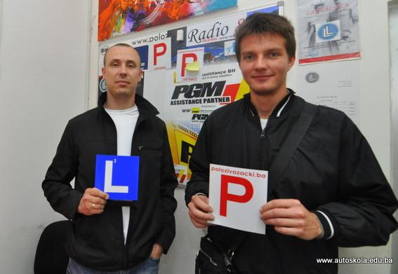 Čestitamo na uspješno položenom ispitu iz upravljanja m/v B kategorije Instruktor Vedad i novi vozač Enver K