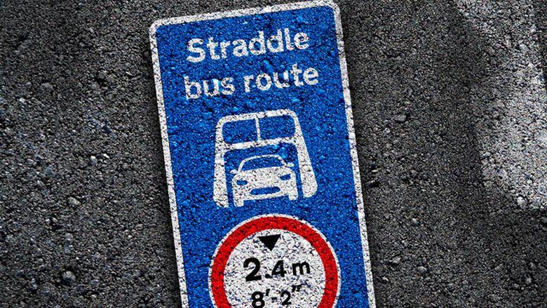 StraddleBus